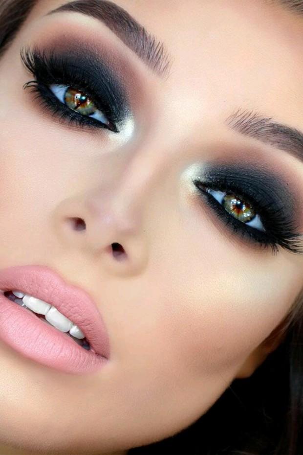 Makeup looks for 2017-smokey eyes
